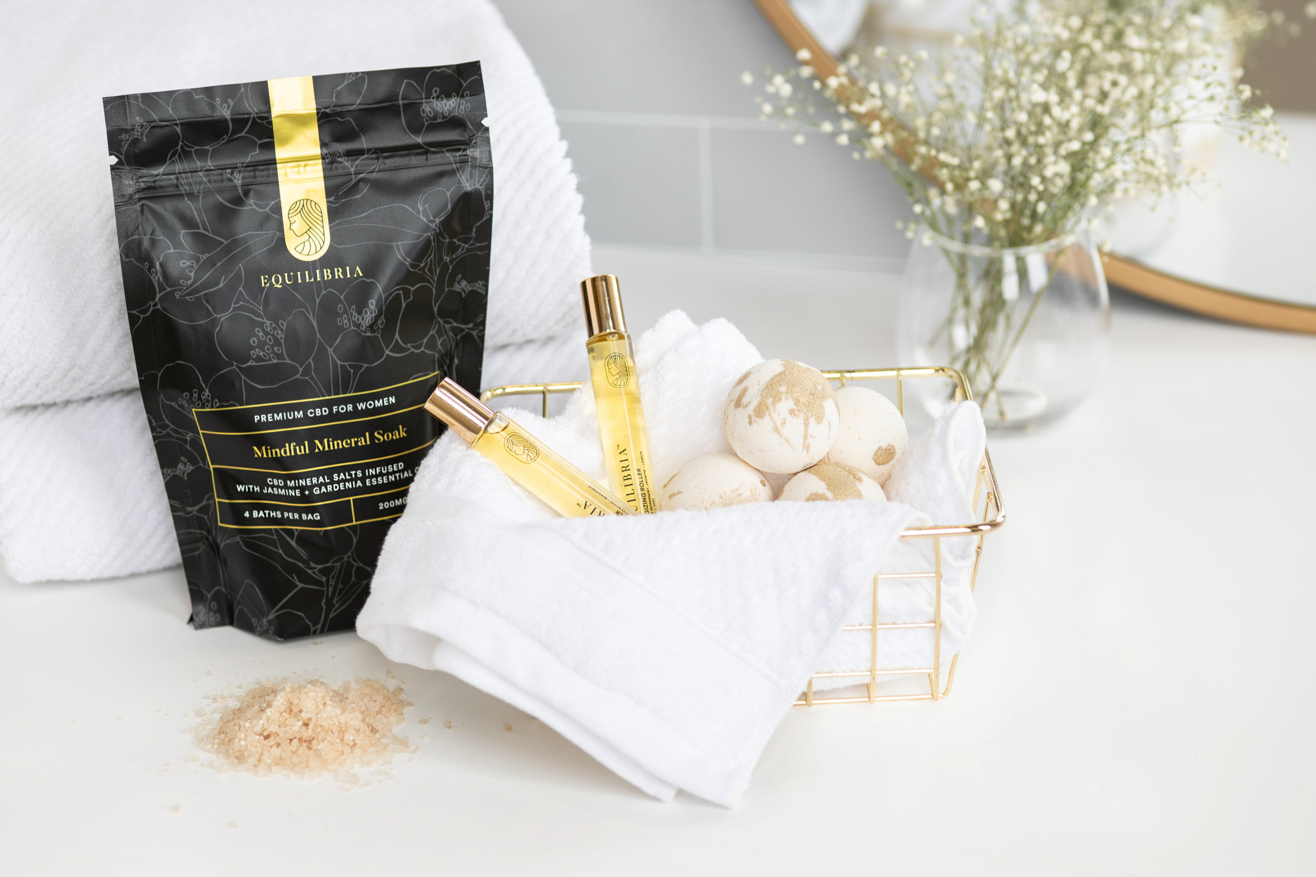 Bath Soak Essentials: 6 Must-Haves for the Ultimate Self-Care Treat